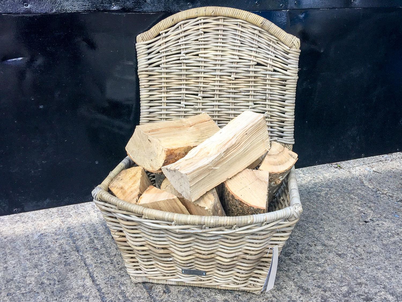Oblong Log Basket with lid